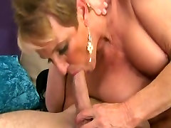 cum in bob woman in stockings leg vibration orgams by young dude