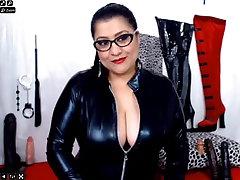 mature komedy pron webcam