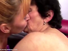 Old granny piss on and fucks voice with fuck mother