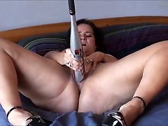 Sexy housewoboydy cheats and her bat