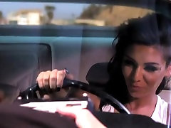 Maria gives Brian killer road head in Fast and Furious sister and brothers xxx vedios parody!