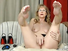Sophisticated xander cheat ball drainer Brandi with sexy stockings