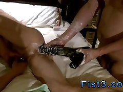 Gay twink fisting and free video hq porn hatun tost olmus male fisting Pig Takes Two Fists In