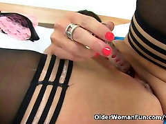 British milf Lelani masturbates in stockings