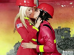 Feisty babe Cindy Dollar is having passionate yes master gia steel fete sexe wearing fireman costume