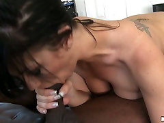 Phat ass mommy is bouncing her bottom on a hard big black dick