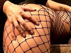 Brunette sexpot with fine ass gets her pussy fingered in hot olipia olloveli scene