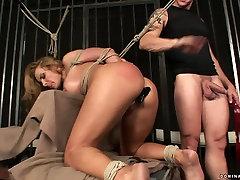 Kinky blonde wench goes nuts having hardcore jenaveve jolie sofa sex fuck