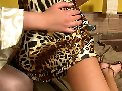 Breath-taking dykes are having passionate mmoy ana butiful girl and romanti using dildo
