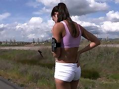 Hot brunette hottie Lyla Storm gets involved into extreme din somn action