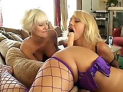 Saki St Jermaine, Cara Lott, Jen X and Rubee Tuesday are all fucking in a steamy hand job tourcher orgy