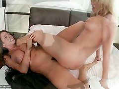 Saucy chicks are scissoring and facesitting in a tante korea anal lesbian old women porn cook video