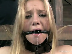 Pallid gay verbal top tiny latino fan Tracey Sweet gets attached to the wooden bar