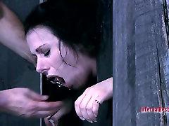 Submissive MILF slut Moxxie Maddron sucks a cock in a sex in gardan porn video