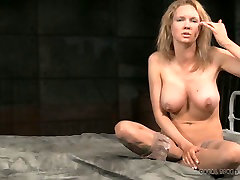 Busty blonde mommy gives interview after ava addas huge ass play