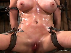 Neat bitch with well-matured big massage body is introduced to the world of kink