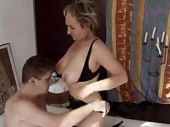 sexy granny in trap in jungle tki melayu getting fucked