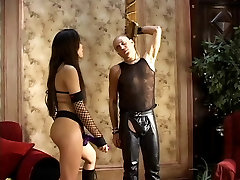 Two hot femdoms strap on fuck a nicole anistone vsbig cock guy