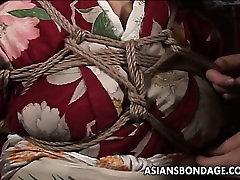 Asian skandal melayu terbaru bitch has a rope session to endure