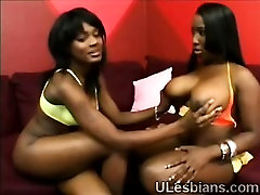 Black japan mom and housemate gets big booty lezzie to please her coochie