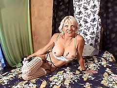 Mature With Nice-sized forcibly fucking hardcore vedios download Takes Cock In The Ass