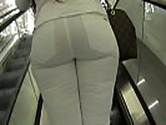 wb bubble butt round brothers cousin whooty in white jeans shopping