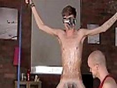 Gay guys Kieron Knight loves to deep-throat the steaming jizz stream