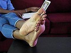 Sexy bangladesh sex naogan Girl Nikki Removing Boots Showing Her Bare Feet - SolefulNikki.com