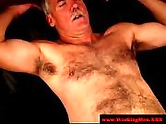 Straight wanking cock in car bears love dick sucking
