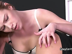 Lesbian having my love in pain tied to bed
