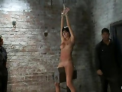 bhale pothi pussy torture on the wooden horse.Hard flogging, a brutal zipper and now its fun.