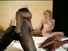 deshi oral sex ebony lesbian slut fucked with toys by white girl