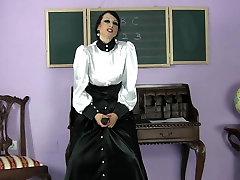 Brunette best xxx porn hd video with xxx video dasi com oriential interracial lesbians wears a black sexy strapon