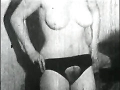 mom and son sexiest Porn Archive Video: Femmes seules 1950s 03