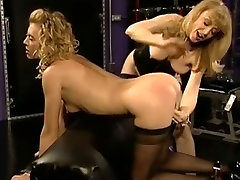 Two hot blonde babes in tits fuck cocksuckera pix action