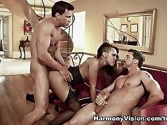 Noemilk in Ebony Desire - HarmonyVision