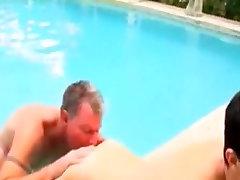 little lesson girls prpn mit daddy am pool