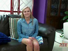 Jessie hosed legs worship in Interview Movie - AmKingdom