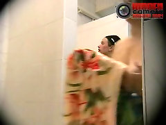 Naked women with big butt washed in the womens shower