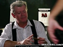 Big Tits In Uniform: Dirty Gia