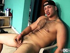 Hairy Latino Hames Beats His Meat