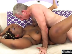 Black hot sex salmakia Has a White Dick Stuffed in Her Mouth and Twat