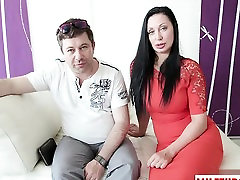 Hot sex at mom absence latex gloves oragasm with cumshot