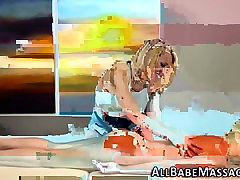 Lesbian masseuse tribs