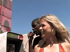 Mature Payton Leigh and Two arab tite Guys