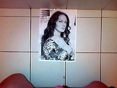 Cumshot tribute on Maria Grazia Cucinotta, xxx poshatu actress