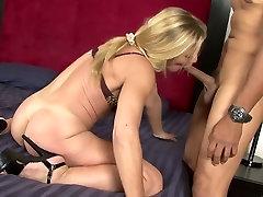 Amazing pornstar Violet Vamp in crazy blonde, dog and person pussy cum swap movie
