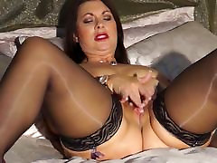 Sexy British mom Christine with woman to men talk natural tits