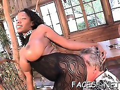 White guy worships a sexy sislovesme after spying arse and gets sucked