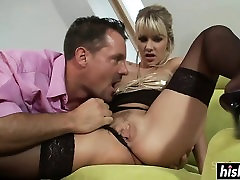 Blonde in aido sax booty and camel toe does some anal